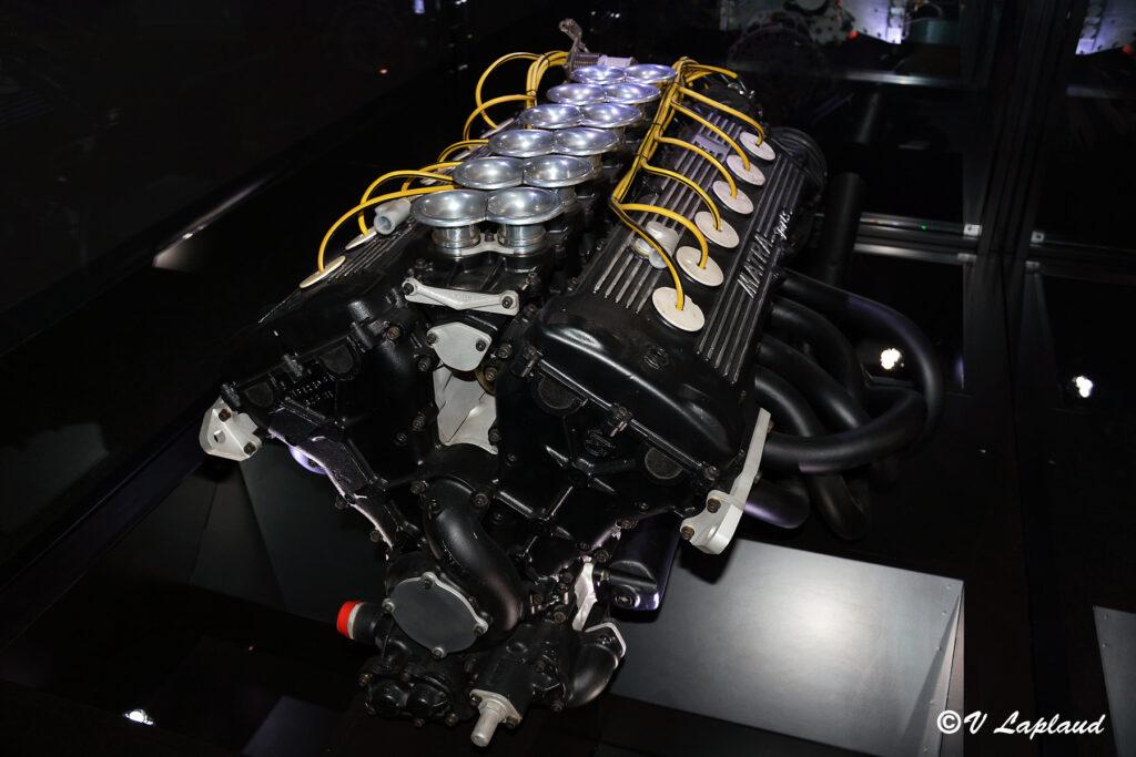V12 Matra type MS 12
